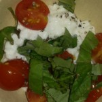 Cottage cheese with tomatoes & basil