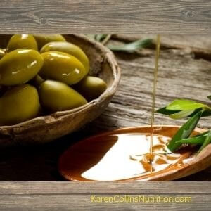 Olive oil polyphenols and the type of fat in olive oil make it good for heart health